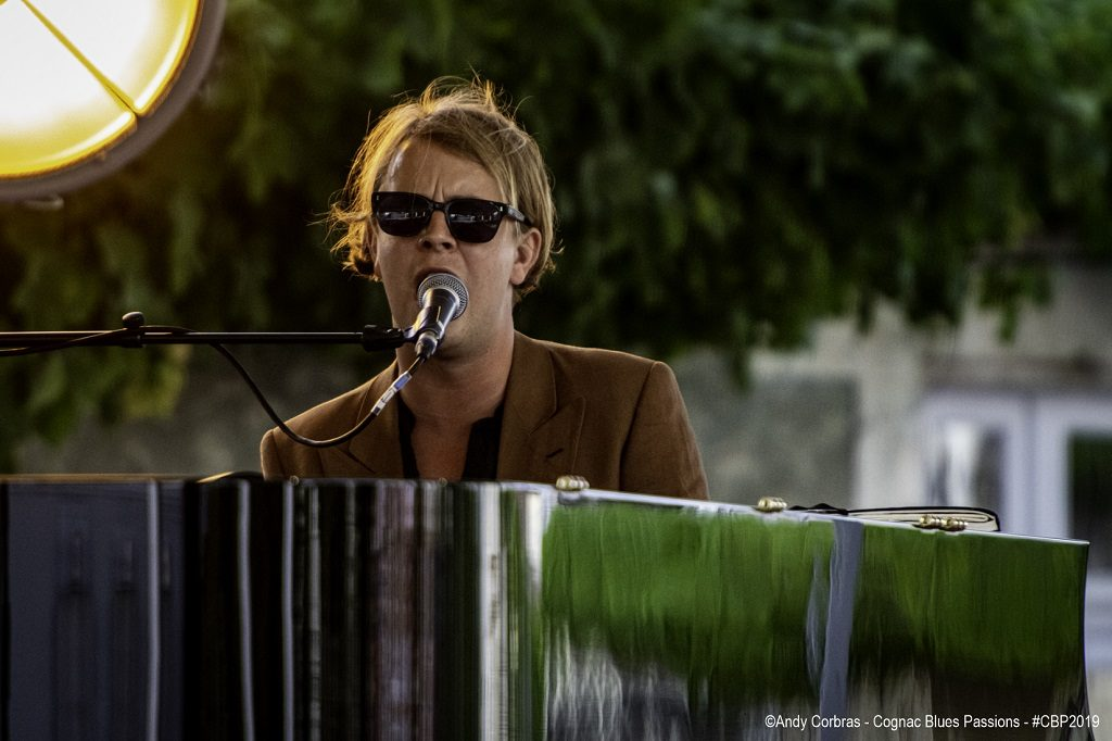 TOM ODELL  @Corbras Andy